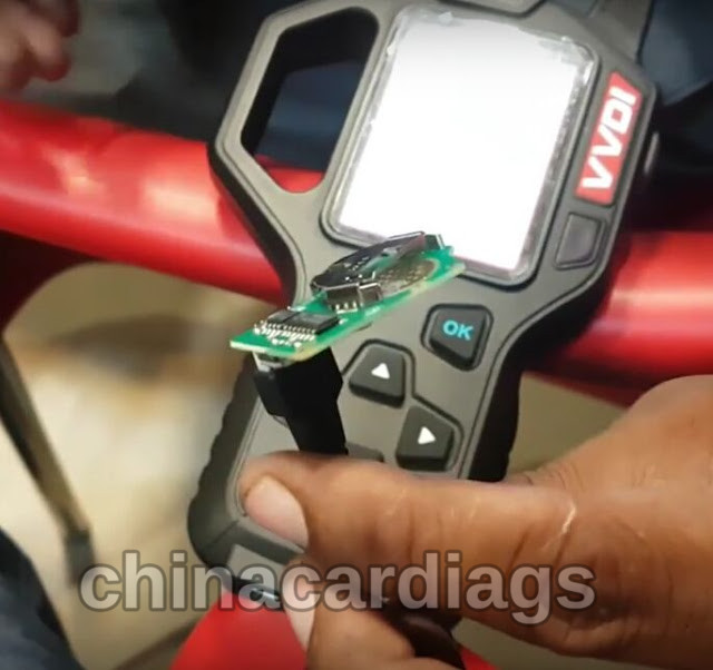 vvdi-key-tool-copy-mahindra-scorpio-remote-key-review-4