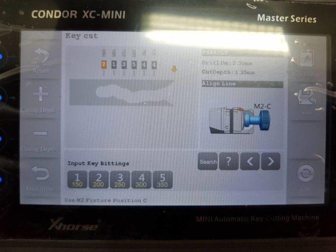 Megane-II-smartcard-key-with-condor-mini-01-678x509