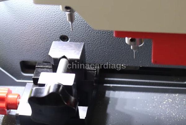 tubular-key-cutting-sec-e9-key-machine-10
