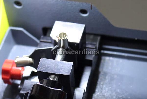 tubular-key-cutting-sec-e9-key-machine-24