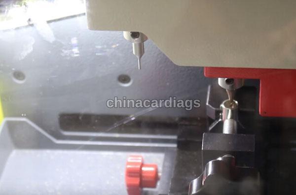 tubular-key-cutting-sec-e9-key-machine-35