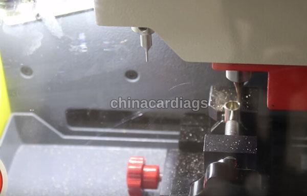 tubular-key-cutting-sec-e9-key-machine-36