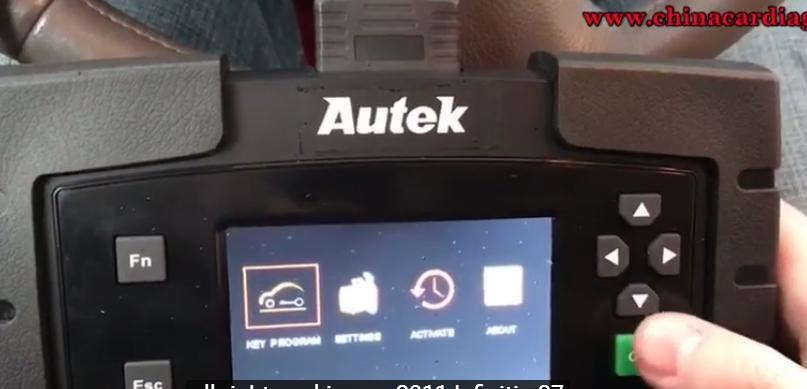 1-Autek-Ikey820-program-new-key