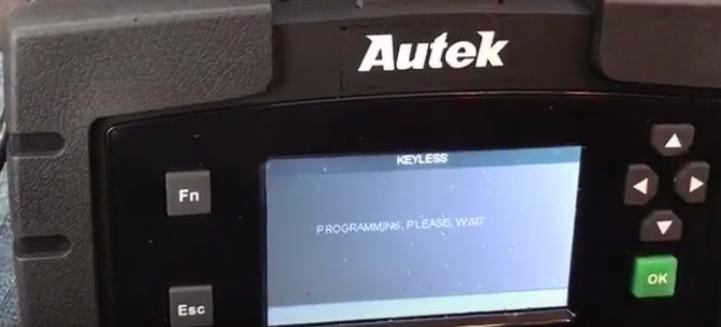 12-Autek-Ikey820-program-new-key