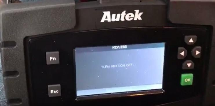13-Autek-Ikey820-program-new-key