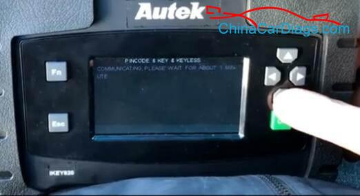 8-Use-Autek-iKey820-Program-Keys-for-Dodge-Ram-2009