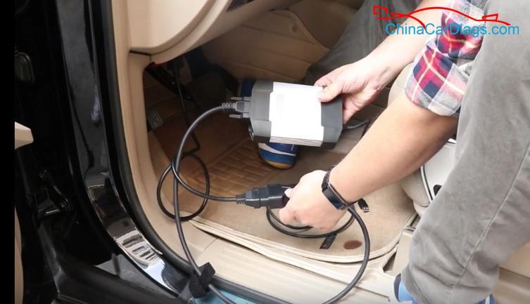 1-use-VXDIAG-Benz-C6-to-diagnose-new-Benz-R300