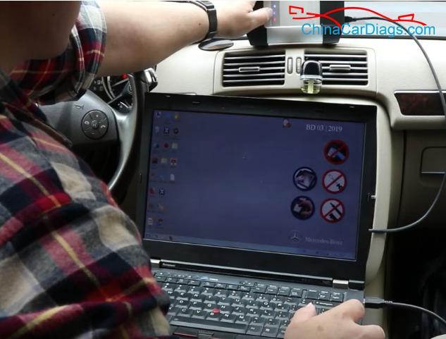 2-use-VXDIAG-Benz-C6-to-diagnose-new-Benz-R300