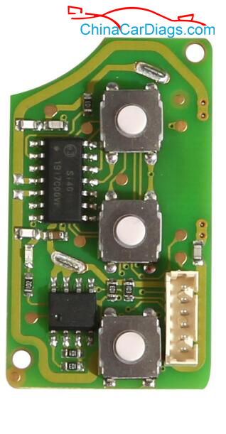 Wired-remote-key-with-socket-on-circuit-board
